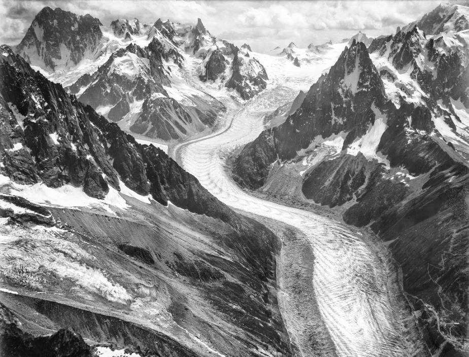 CH-NB_-_Mont-Blanc-Gruppe_-_Eduard_Spelterini_-_EAD-WEHR-32070-B.tif